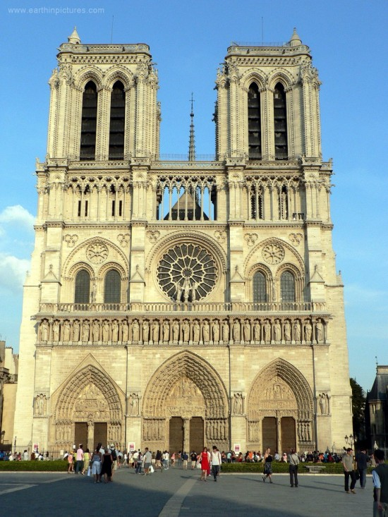 notre dame de paris 960x12801 550x733 The Influence of Art History on Modern Design   Gothic Style