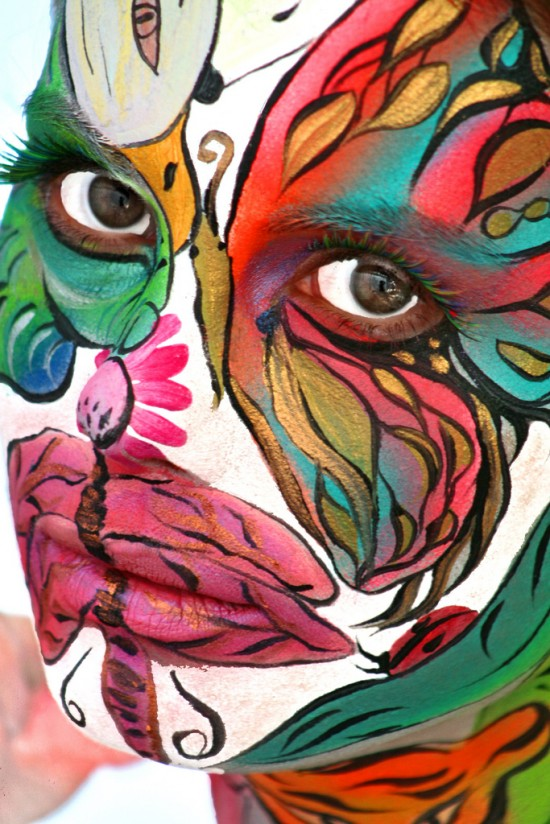 2719787883 2439c66414 b 550x824 Breath Taking Body Painting Art