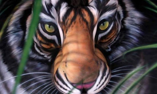 the best bodyarrt ever 01 550x330 Breath Taking Body Painting Art