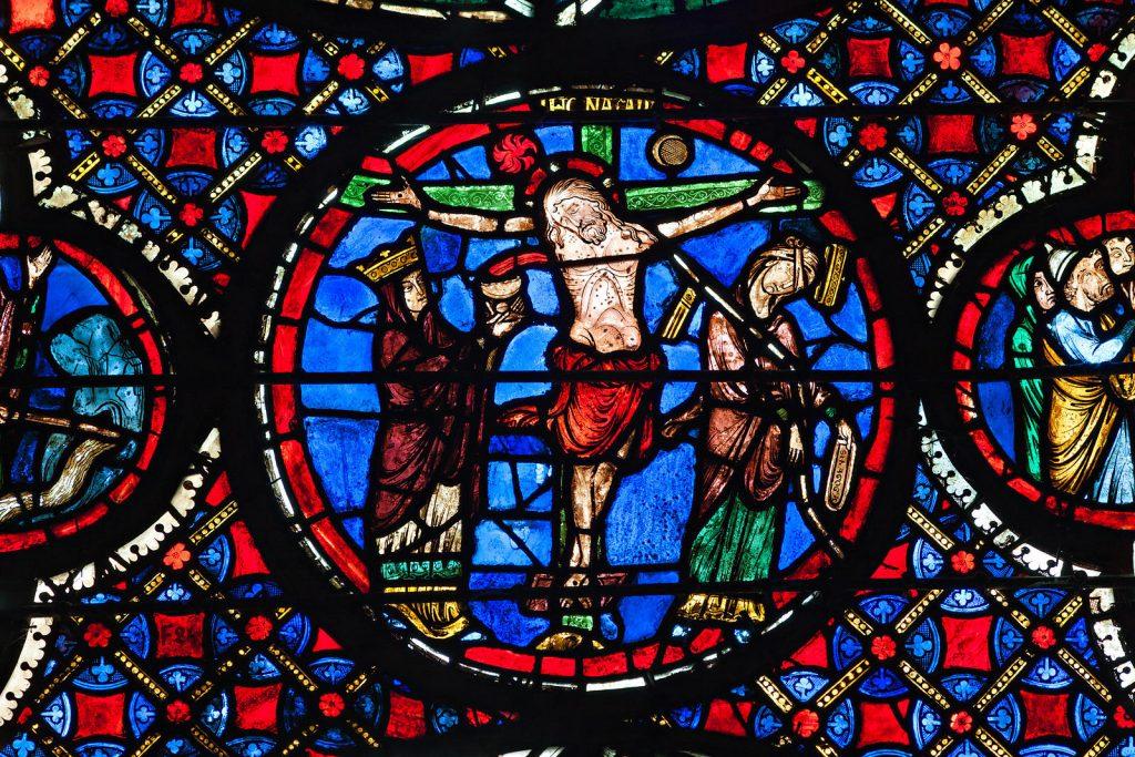 vitraux-deambulatoire-cathedrale-de-bourges_uxga