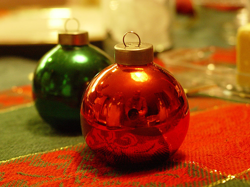 christmas globe salt and pepper shaker design 35+ Creative and Funny Salt and Pepper Shakers