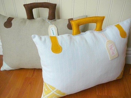 il 430xn tgbir 1822 15+ Out of the Ordinary Pillow Designs