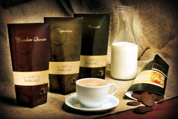 Bebidas Quente NUGALI Chocolate Package Design 570x381 50+ Creative Chocolate Package Designs