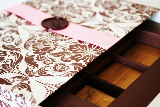 Chocolate Gift Box Wedding Invitation Package Design2 50+ Creative Chocolate Package Designs