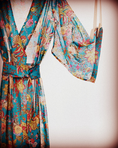 kimono with seamless print How to Use Seamless Patterns to Create Fascinating Designs