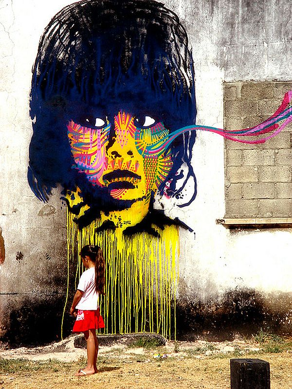 Mind Blowing Pieces of Street Art from Around the World 12 20 Mind Blowing Pieces of Street Art from Around the World